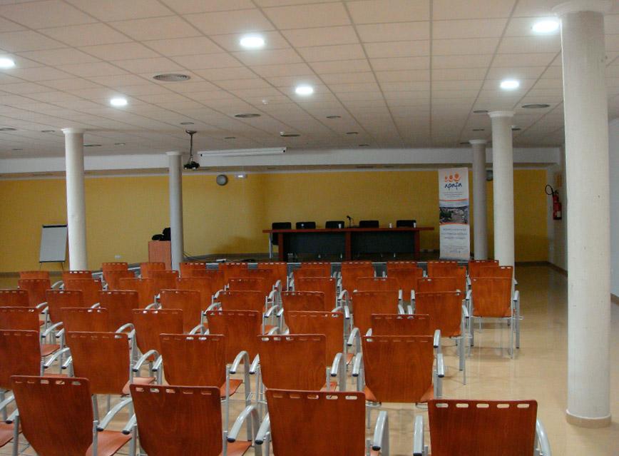 Salón de actos y otros usos